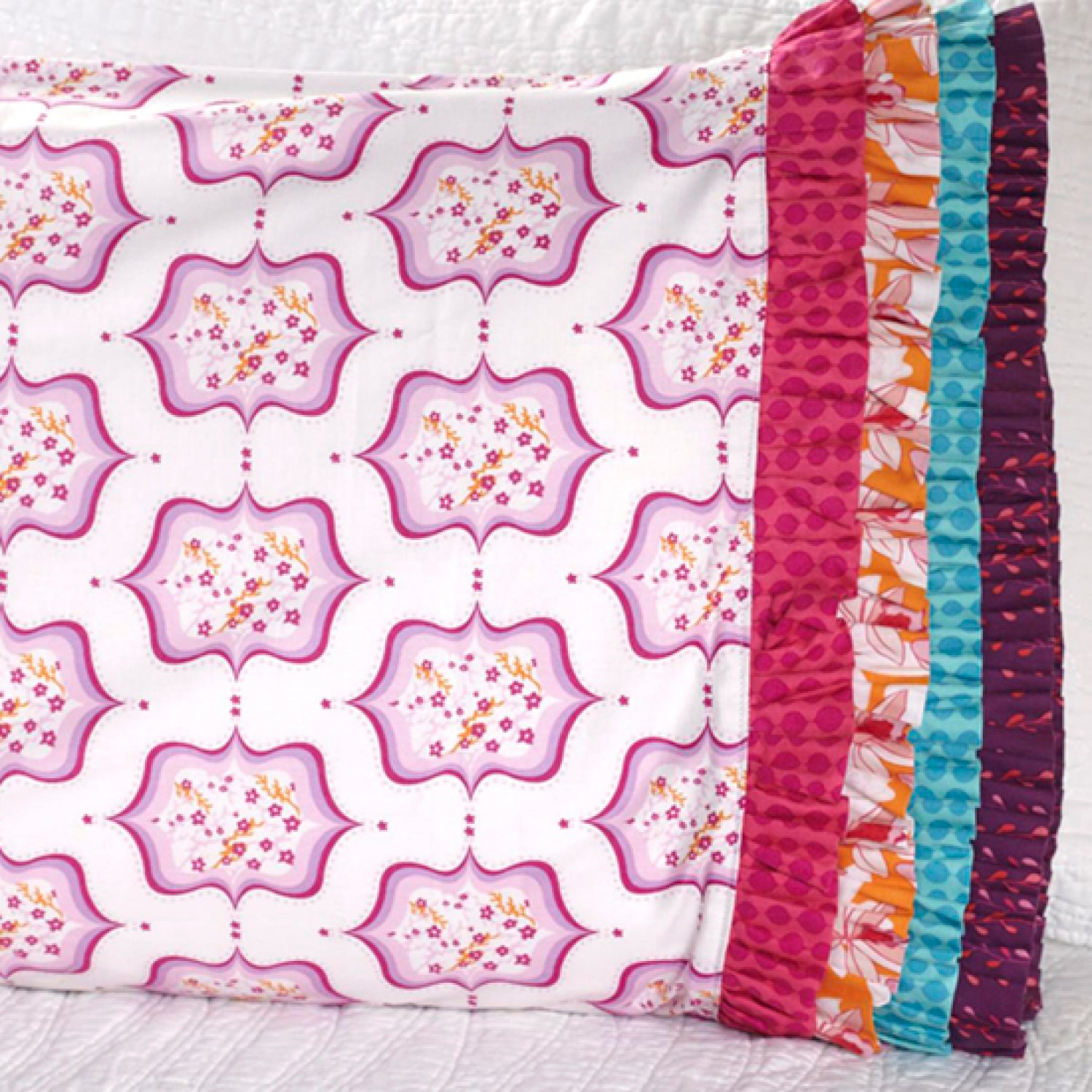 4th Quarter 2013 One Million Pillowcase Featured Fabrics ... : all people quilt pillowcase - Adamdwight.com