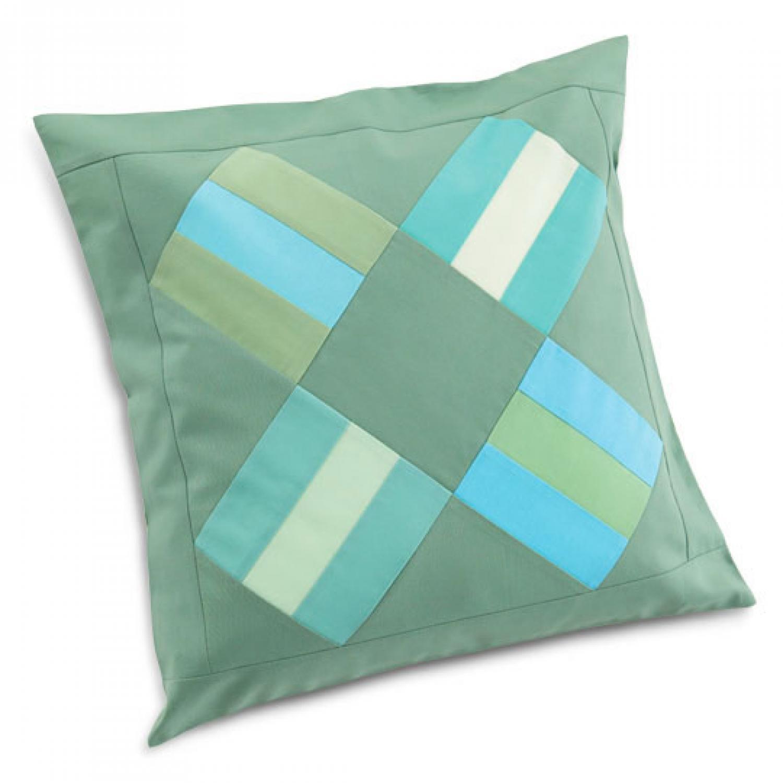 Quilt Patterns Pillowcases : Rail Fence Pillow AllPeopleQuilt.com