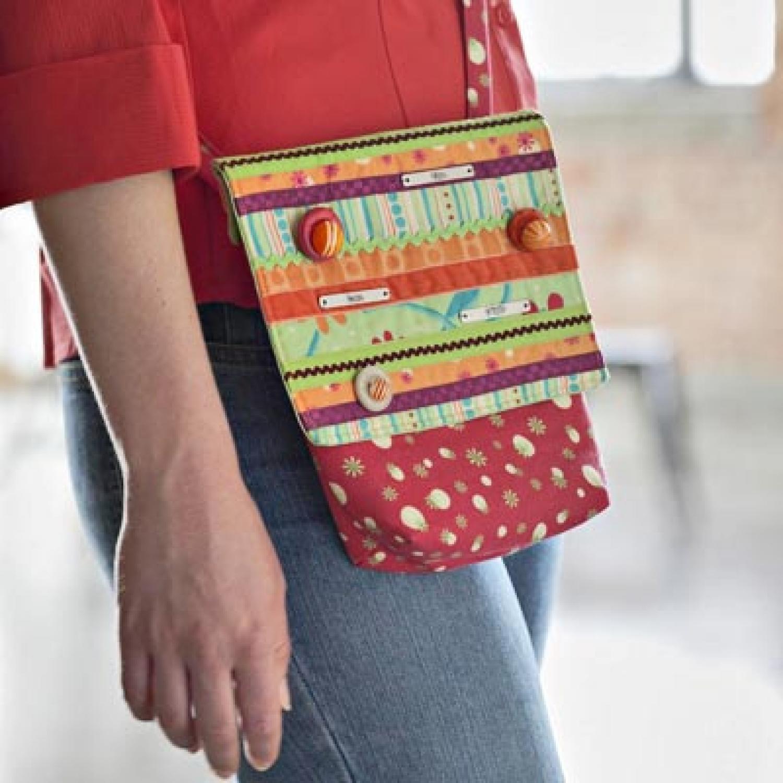 Mini Messenger Bag | AllPeopleQuilt.com : quilted messenger bag pattern - Adamdwight.com