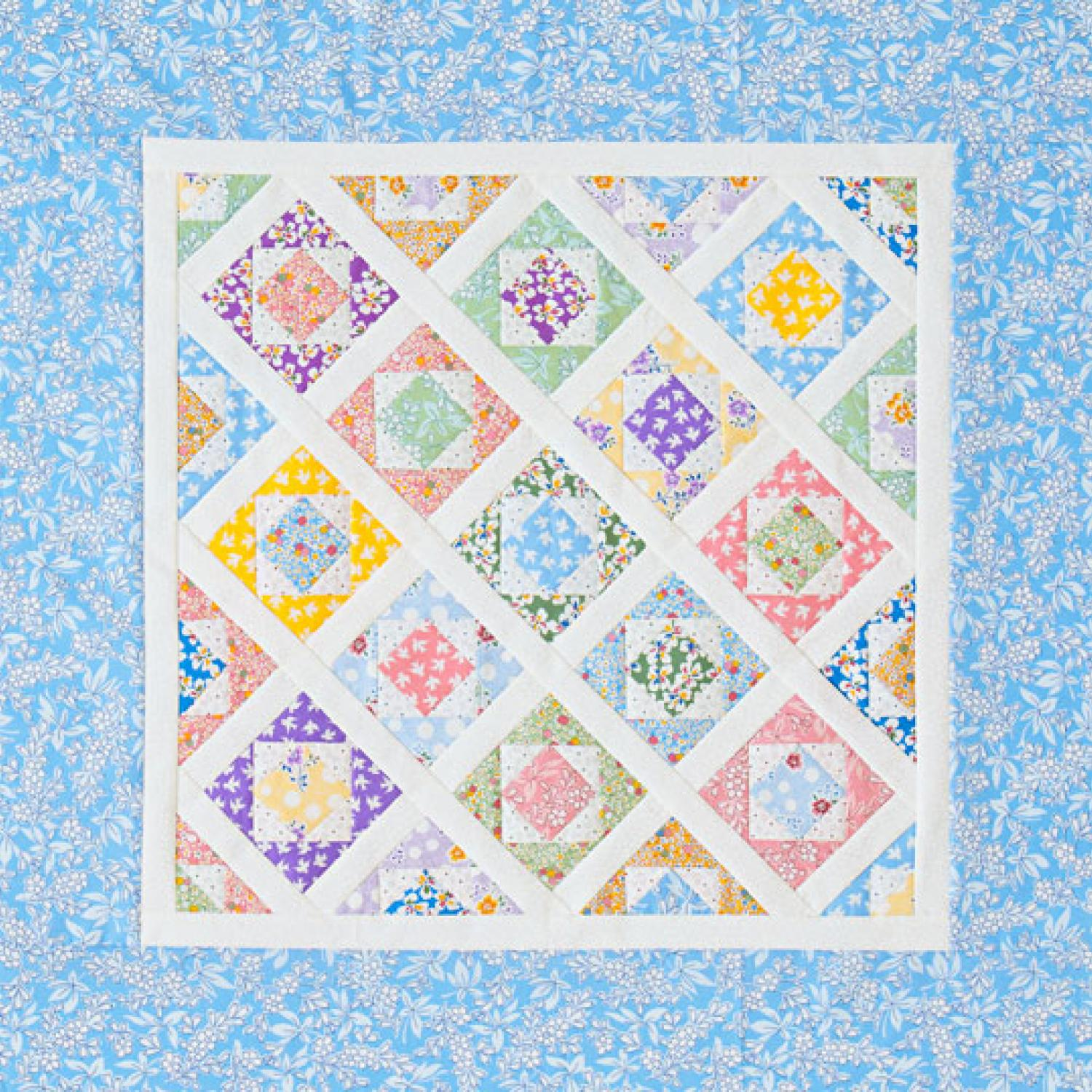 Free Quilting Patterns For Spring : Spring Garden Wall Hanging AllPeopleQuilt.com