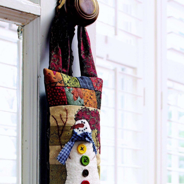 Snowman Door Hanger | AllPeopleQuilt.com