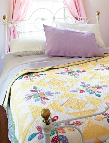 Budding Beauty. Free Bed Quilt Patterns   AllPeopleQuilt com