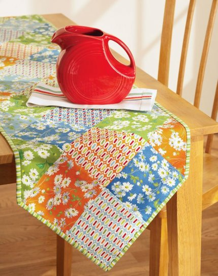 Free Quilt Patterns Table Runners Download : Free Table Runner Patterns AllPeopleQuilt.com