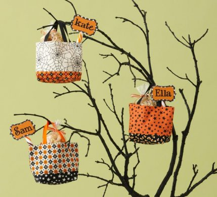 Halloween Sewing Projects on Craftsy!