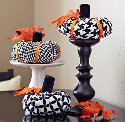 Decorate Pumpkins With Sewing Supplies Allpeoplequilt