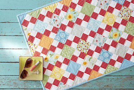 Free Fat Quarter-Friendly Quilt Patterns | AllPeopleQuilt.com : fat quarters for quilting - Adamdwight.com