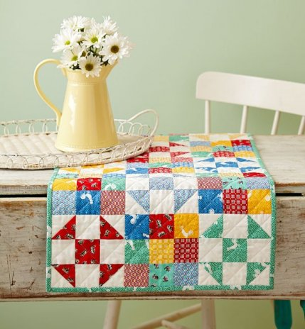 Prime Free Table Runner Patterns Allpeoplequilt Com Home Remodeling Inspirations Propsscottssportslandcom