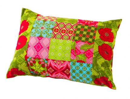 Free Throw Pillow Quilt Pattern : Free Pillow Patterns AllPeopleQuilt.com