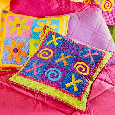 Free Pillow Patterns | AllPeopleQuilt.com on neck pillow ideas, accent pillow ideas, decorative pillow ideas, quilted pillow ideas, pillow making ideas, pillow cover ideas, bolster pillow ideas, pillow set ideas, throw pillow ideas, bedroom pillow ideas, knitted pillow ideas, couch pillow ideas, embroidered pillow ideas,