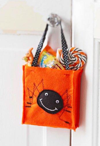 Spooky Spider Treat Bag Allpeoplequilt Com