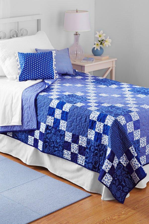 Rhapsody in Blue | AllPeopleQuilt.com : blue quilt patterns - Adamdwight.com