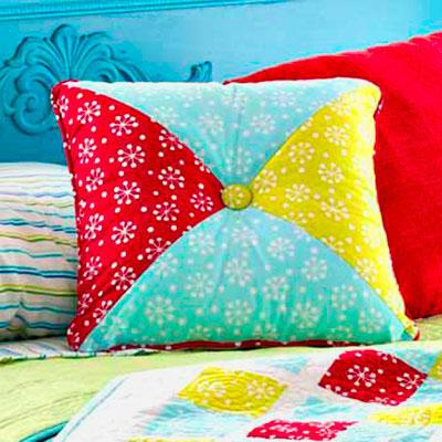 free pillow patterns | allpeoplequilt Diy Pillow Design Ideas